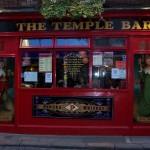 100_0472_Temple Bar